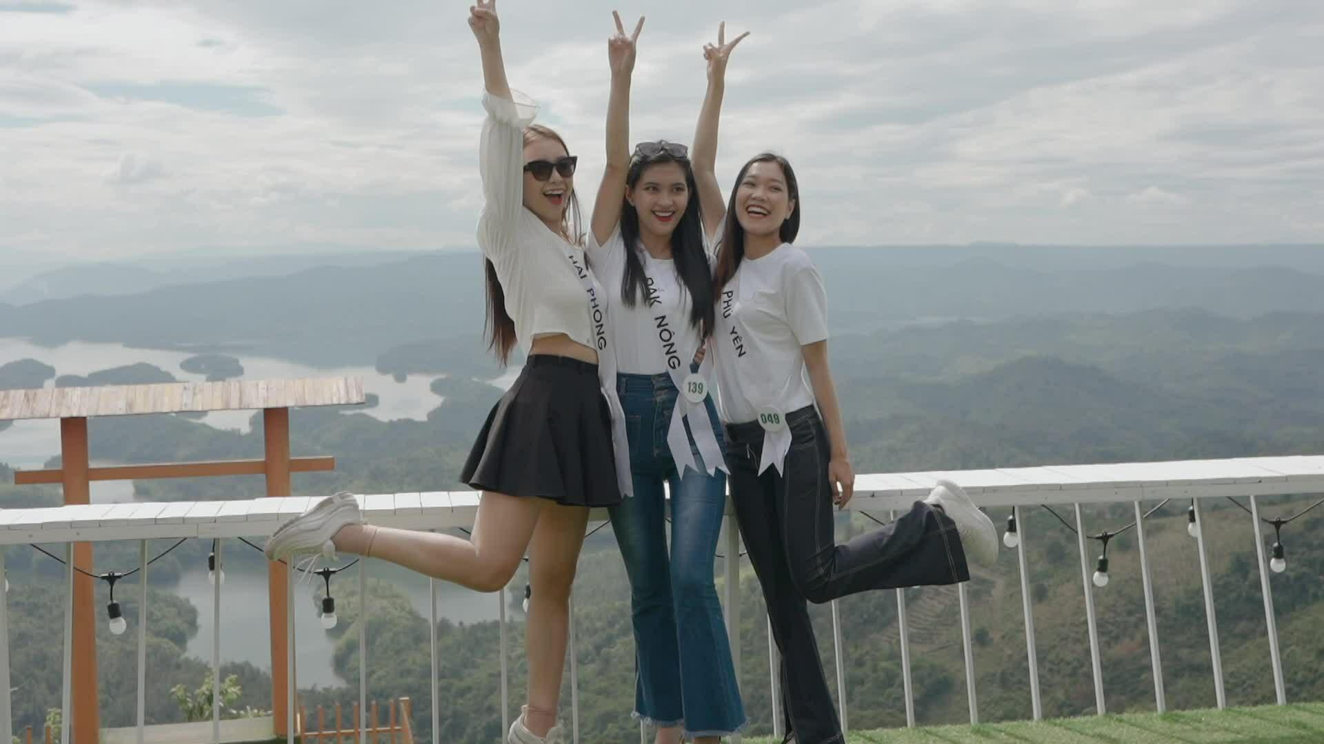 Thí sinh Hoa hậu Du lịch thăm Vườn quốc gia Tà Đùng
