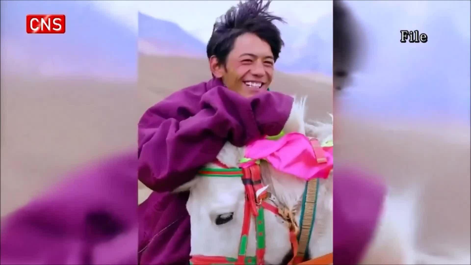'Hoàng tử trên lưng ngựa' vực dậy du lịch địa phương