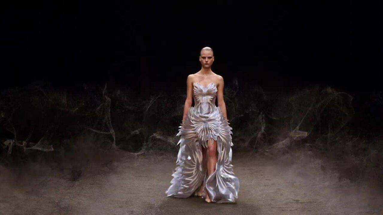 Iris van Herpen Haute Couture Xuân 2021