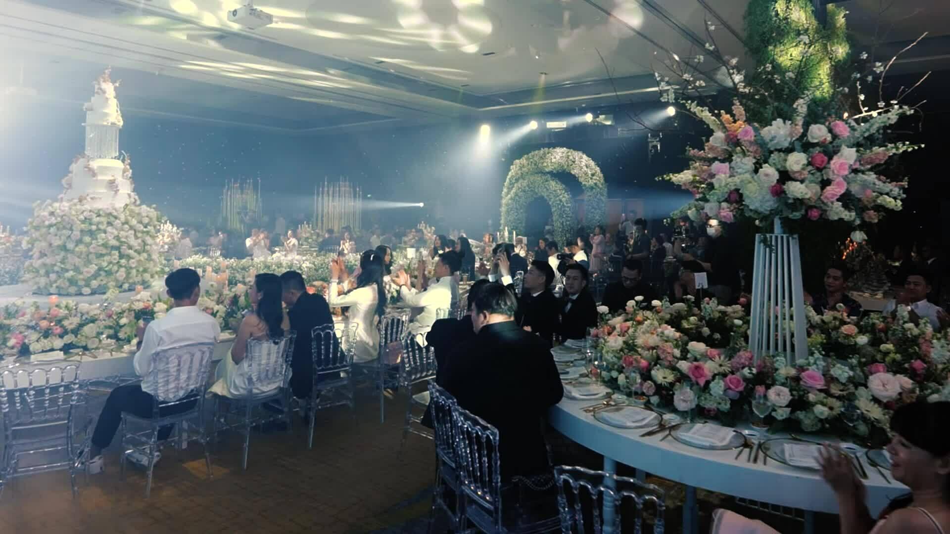Tiệc cưới của đạo diễn sân khấu Nguyễn Hiếu Tâm