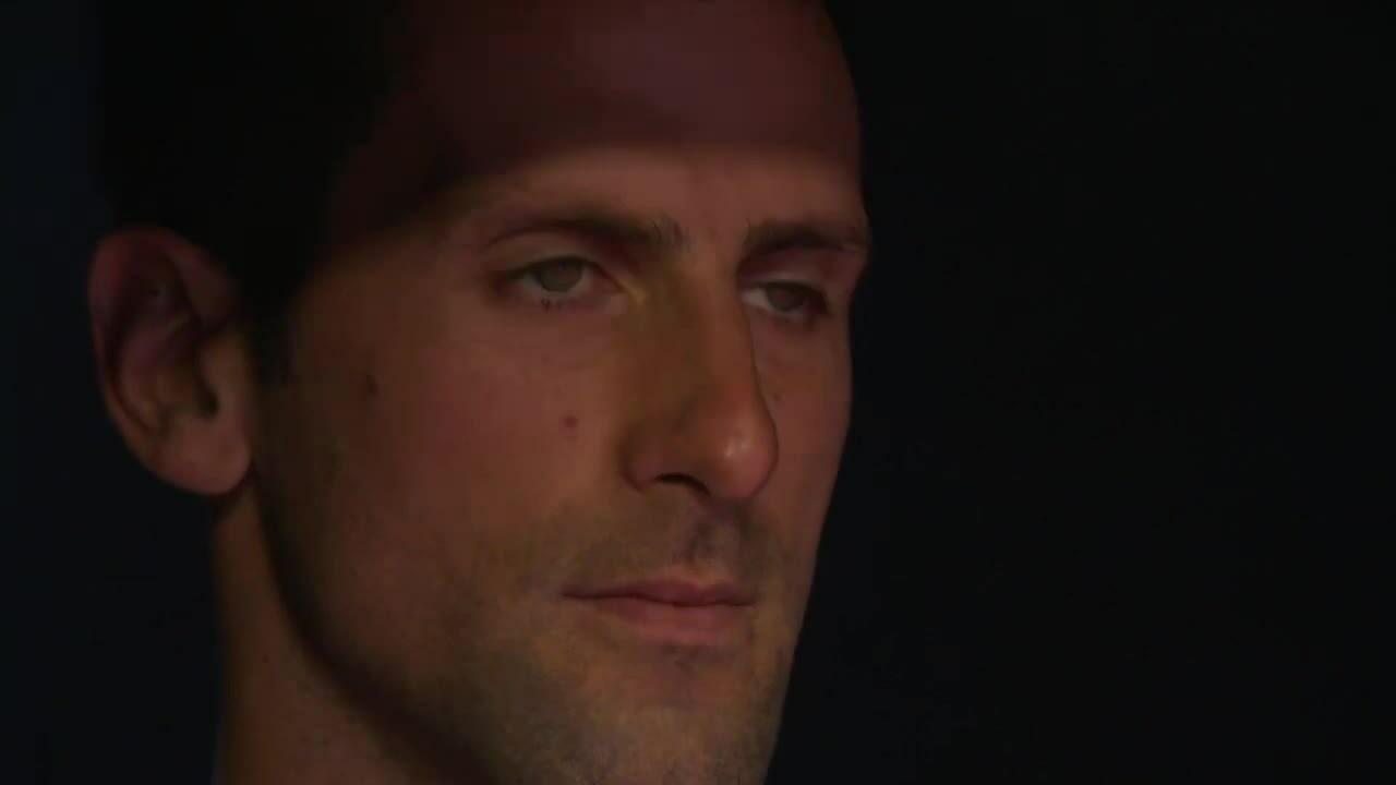 Djokovic bị chỉ trích vì không đeo khẩu trang