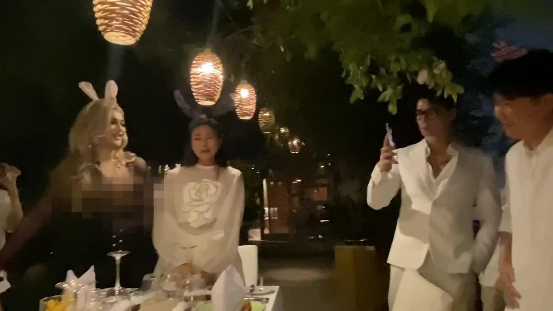 Ngô Thanh Vân lần đầu xuất hiện bên bạn trai tin đồn kém 11 tuổi