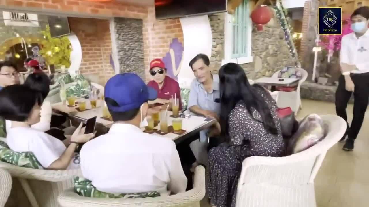 Thương Tín trò chuyện cùng Trịnh Kim Chi 2