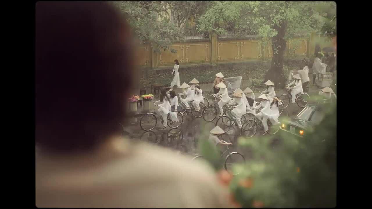 Cảnh phim đầu tiên của 'Em và Trịnh'