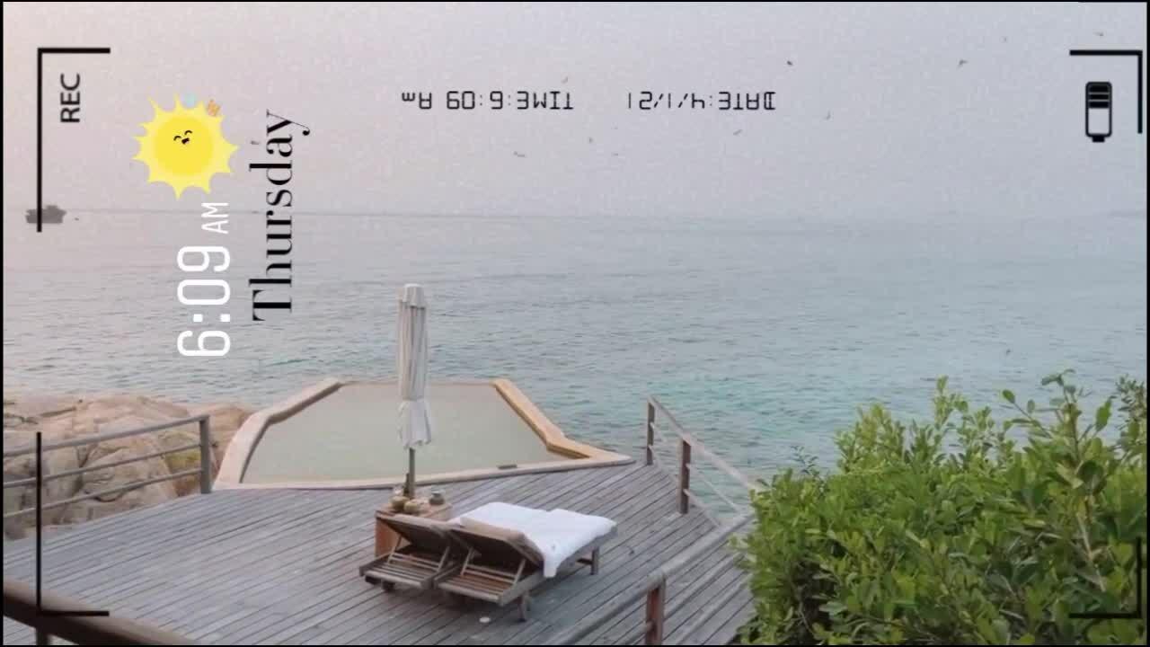 Châu Bùi mê đắm biển Khánh Hòa