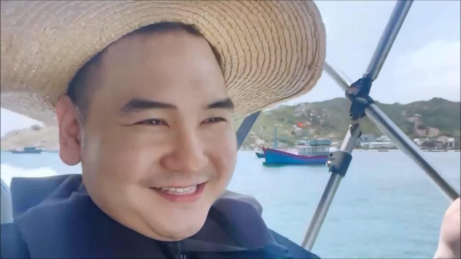 Những chuyến du lịch của vợ chồng 'streamer giàu nhất Việt Nam'