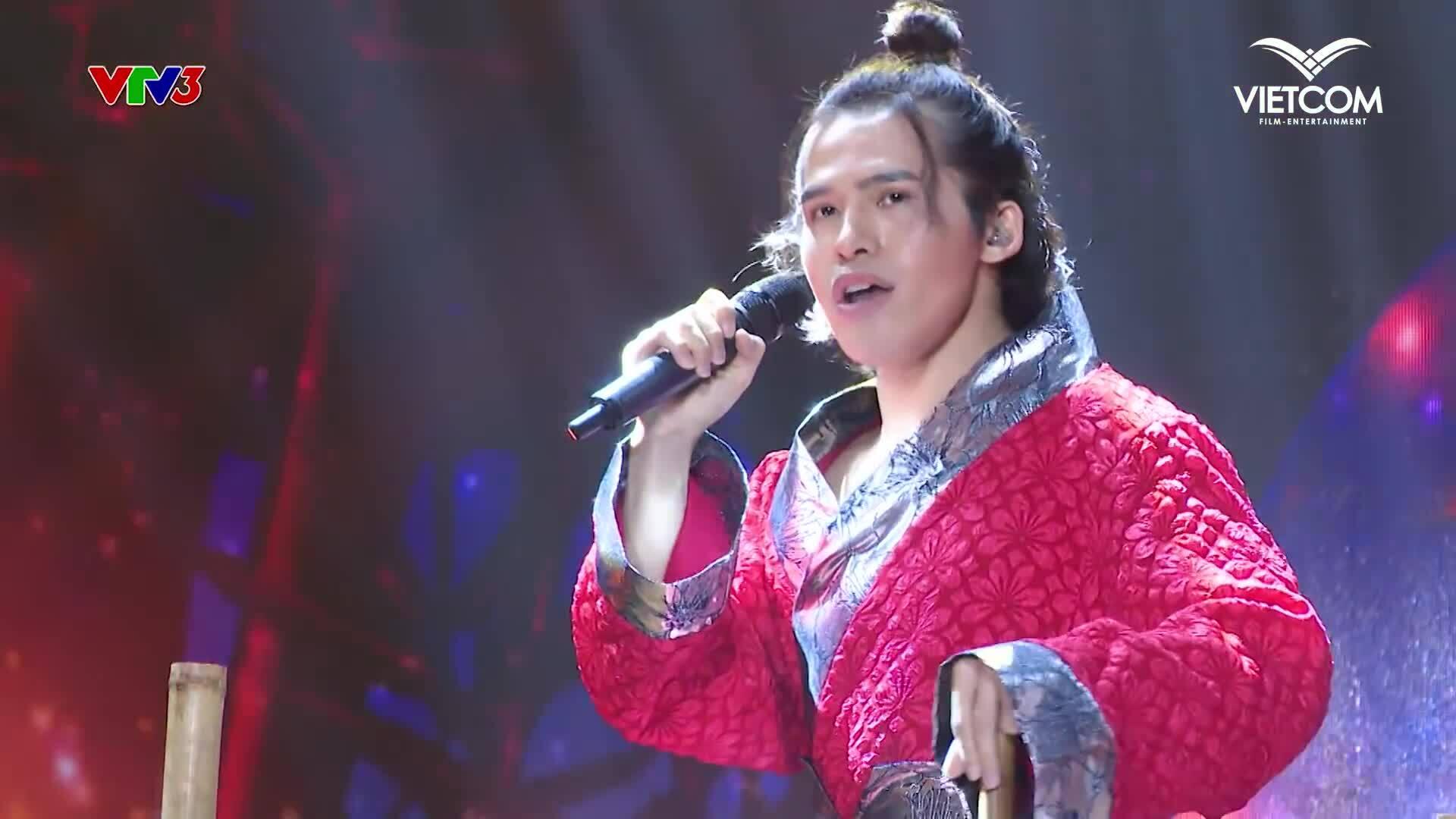 Vợ vũ công Đình Lộc khen chồng hát hay nhất