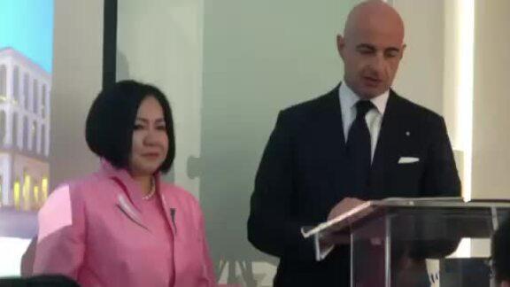 Tổng lãnh sự Italy khen ngợi Trang Lê