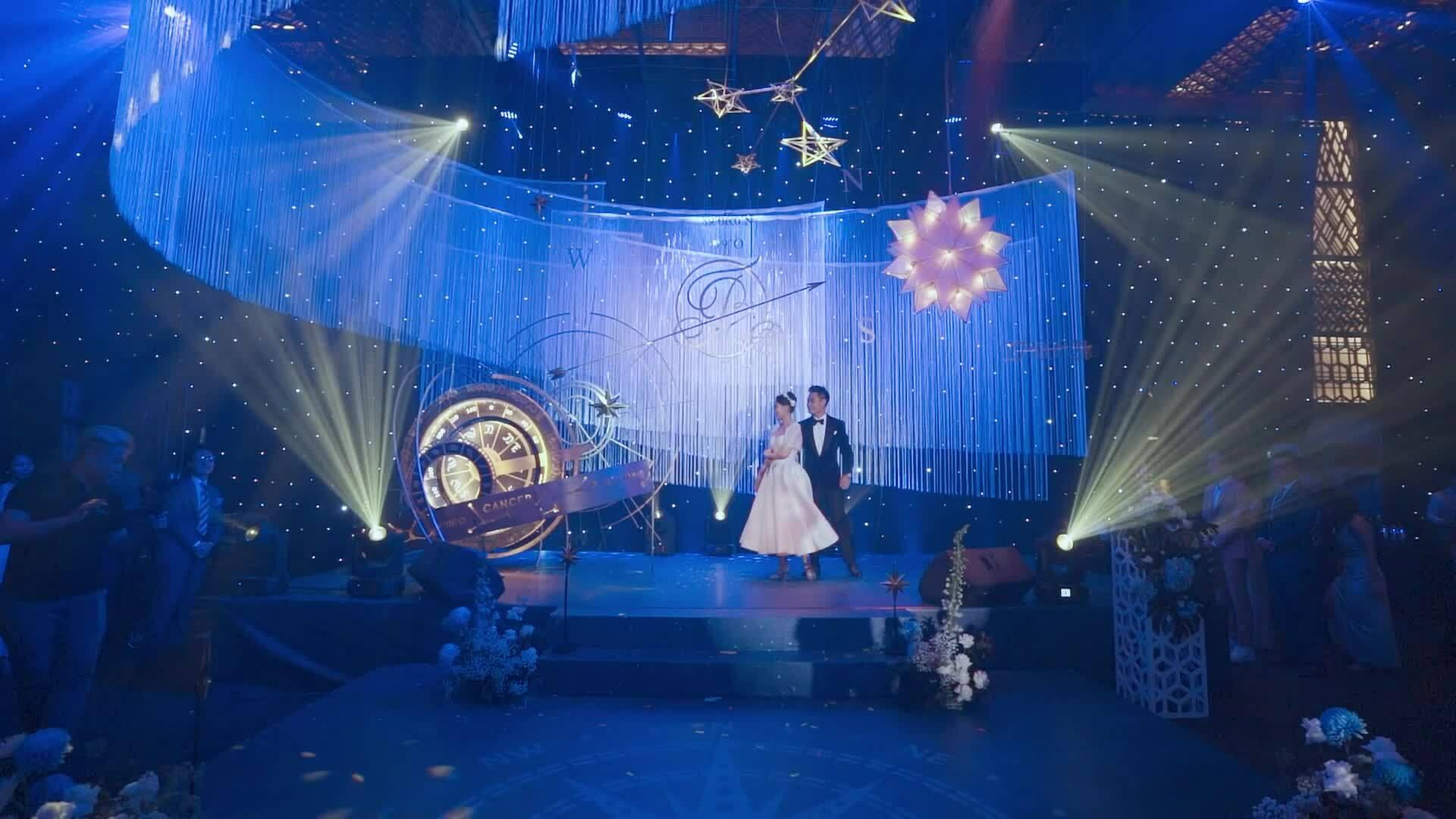 Cặp CEO 9X 'gây bão' với màn khiêu vũ trong đám cưới