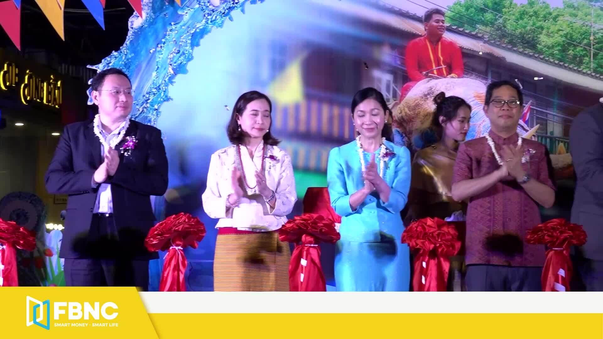 'Vui Tết Songkran' của người Thái ngay tại Việt Nam