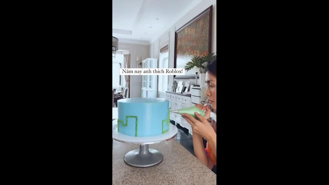 Bánh kem mô hình trò chơi điện tử Hà Tăng làm tặng con trai