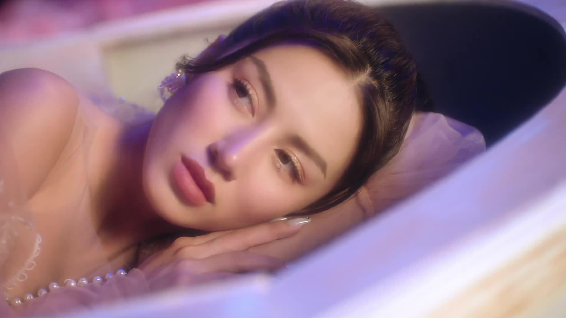 Ca sĩ gây ấn tượng tại Rap Việt ra MV đầu tay