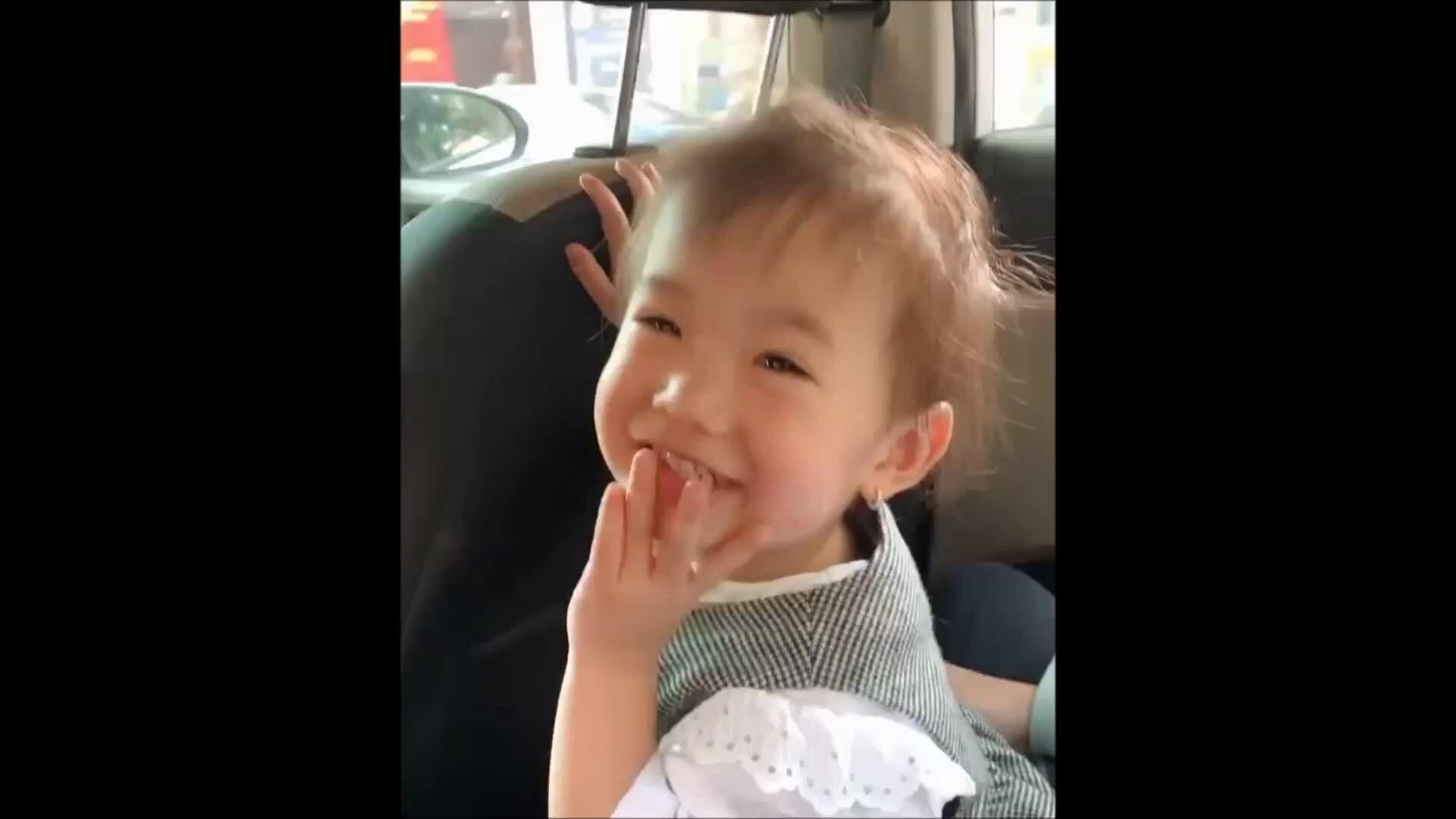 Con gái Justa Tee nổi tiếng hơn cả bố