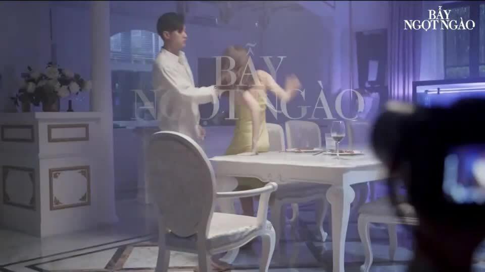 BTS cảnh nóng Bẫy ngọt ngào