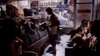 Nick Kamen trong quảng cáo quần jeans của Levi's