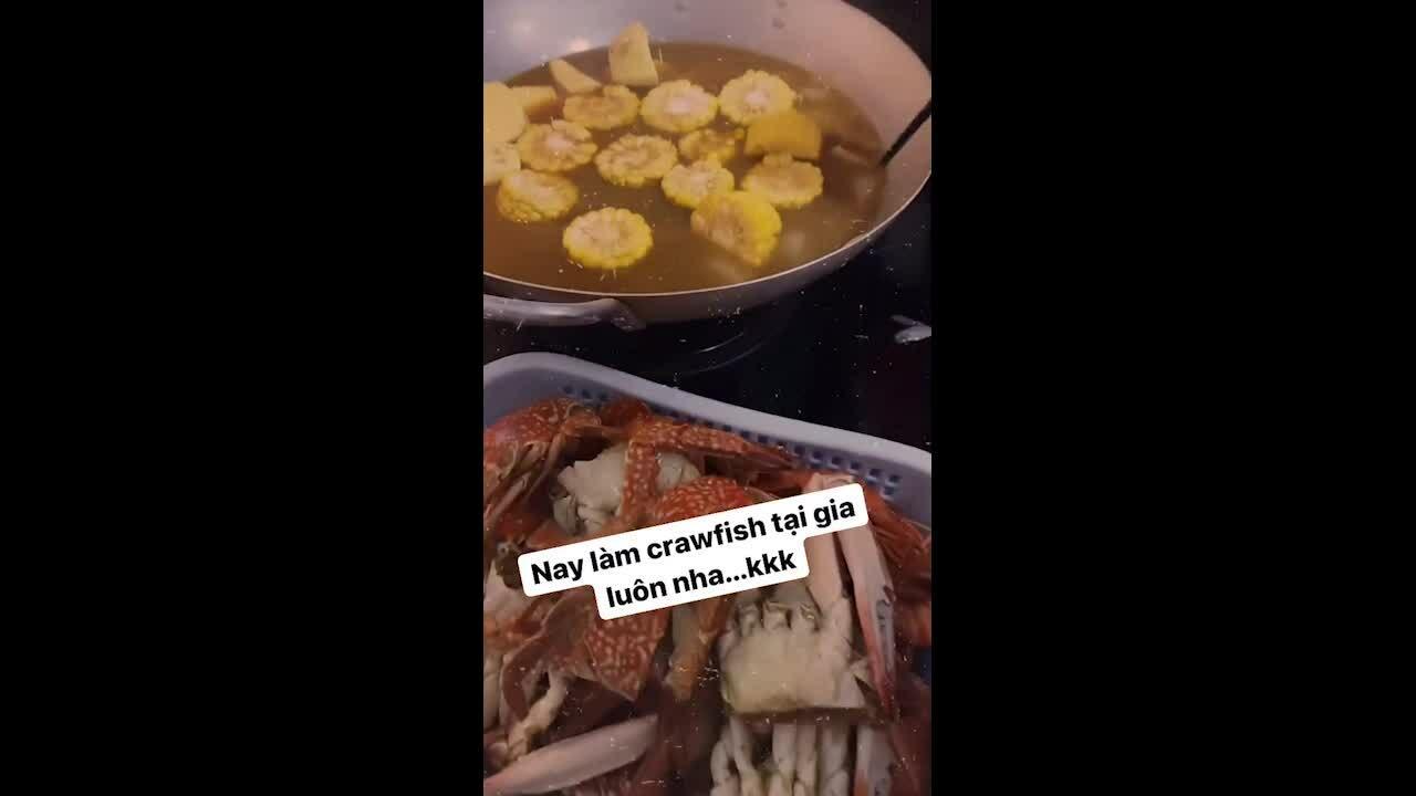 Nồi hải sản hấp dẫn của Minh Hằng