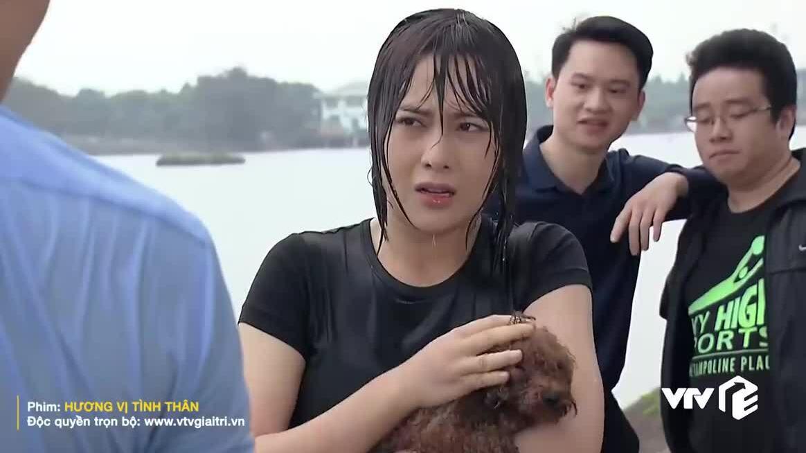 Phương Oanh bị gọi là 'khúc giò' từ đời lên phim