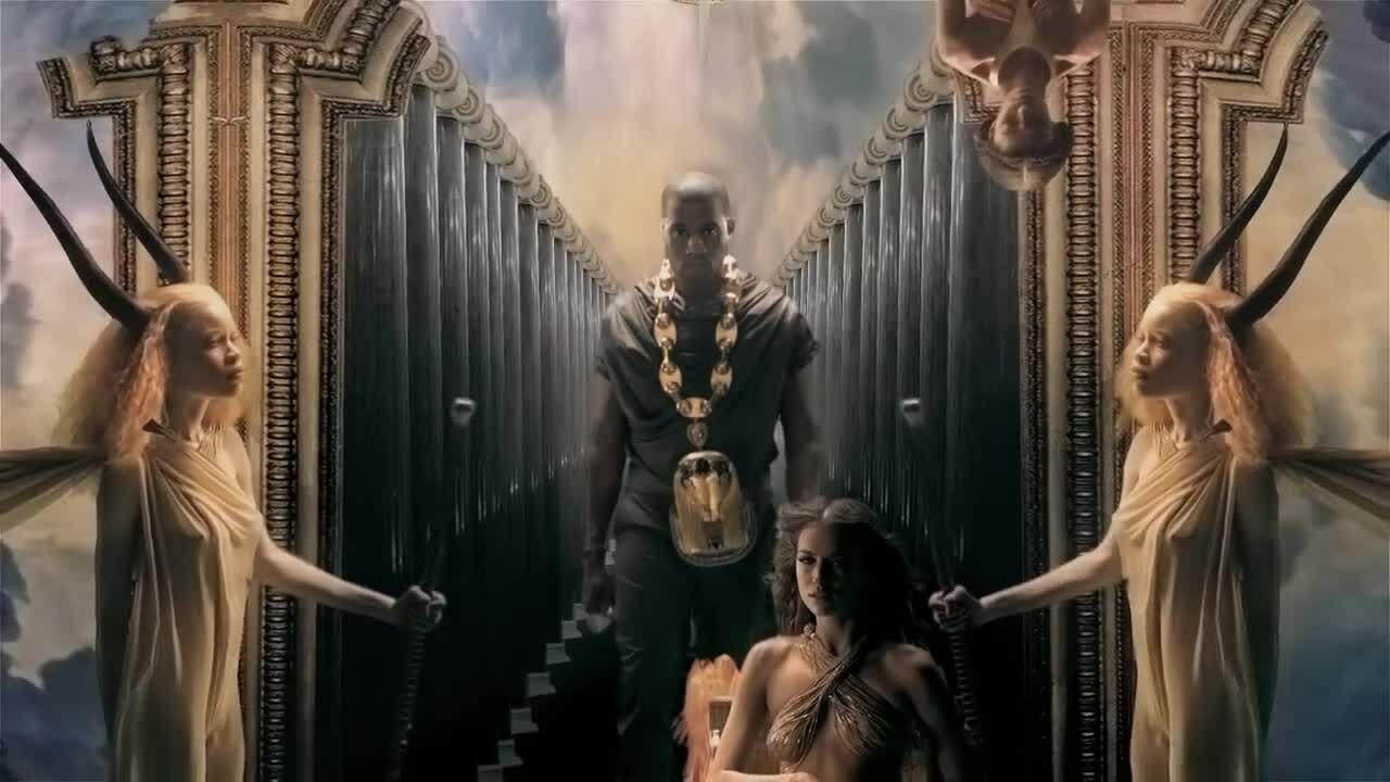 MV 'Power' của Kanye West