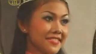 Thanh Hằng đăng quang Hoa hậu Người mẫu qua ảnh 2001