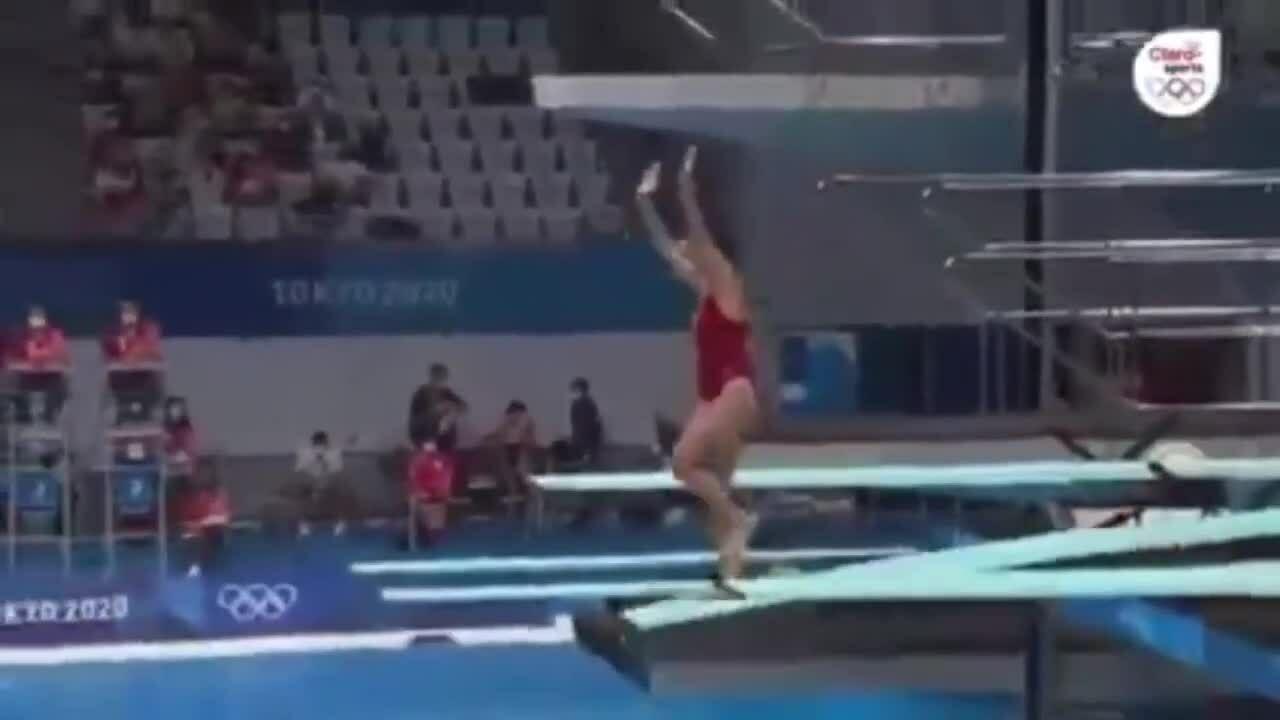 Người đẹp nhảy cầu bị 0 điểm tại Olympic