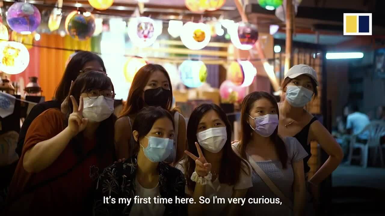 Không khí Trung thu rộng ràng ở làng chài Hong Kong