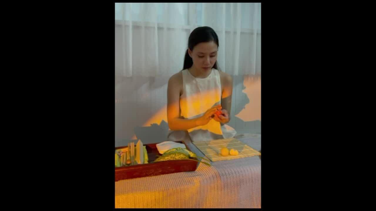 Mâm bánh Trung thu kiểu Nhật của cô gái Sài Gòn