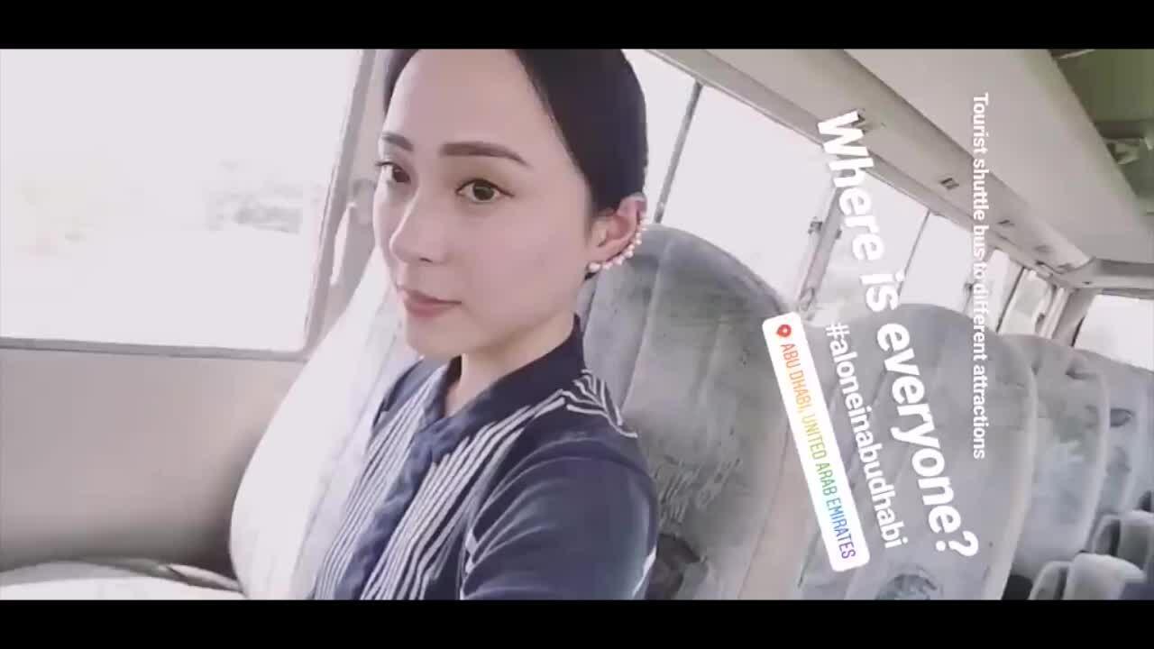 Á hậu Hong Kong gốc Việt chu du '5 châu 4 bể'