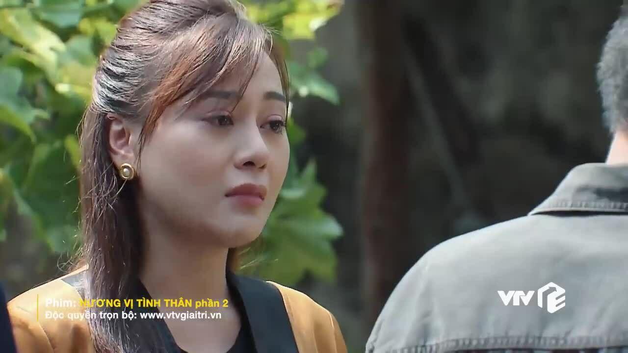 Phương Oanh khóc vì cảnh đoàn tụ trong 'Hương vị tình thân'