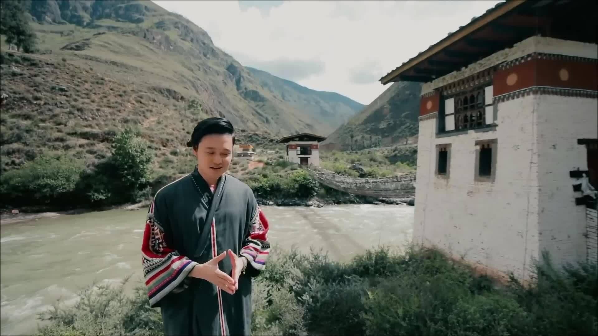 Quang Vinh: 'Du lịch là nguồn sống của tôi'