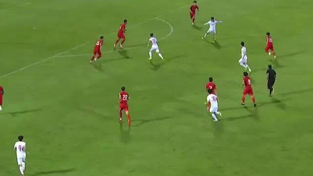 Tiến Linh thắng tiền đạo Trung Quốc trong cuộc bầu chọn của AFC