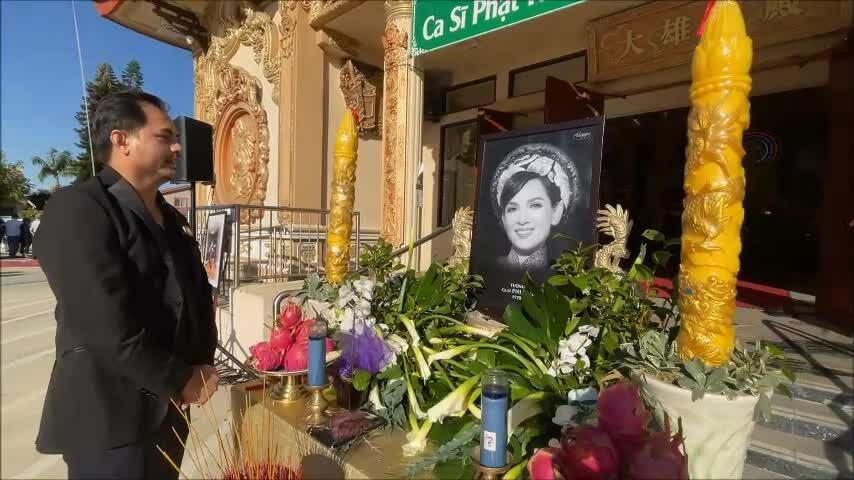 Nguyễn Hồng Nhung: 'Phi Nhung là người mẹ vĩ đại'