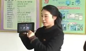 Video quảng cáo máy tính bảng do Triều Tiên sản xuất