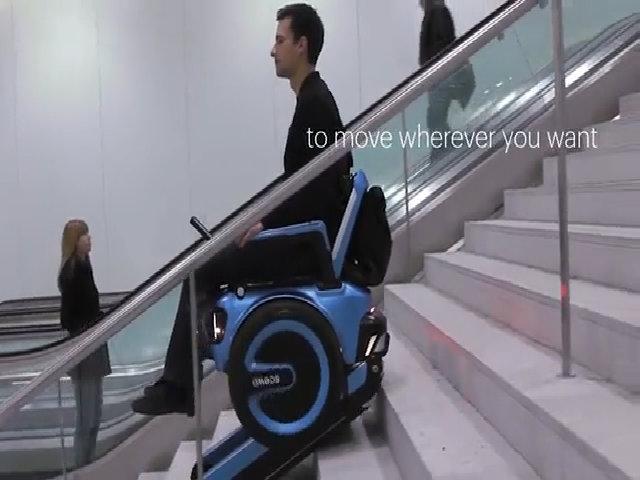 Xe lăn leo cầu thang cho người tàn tật