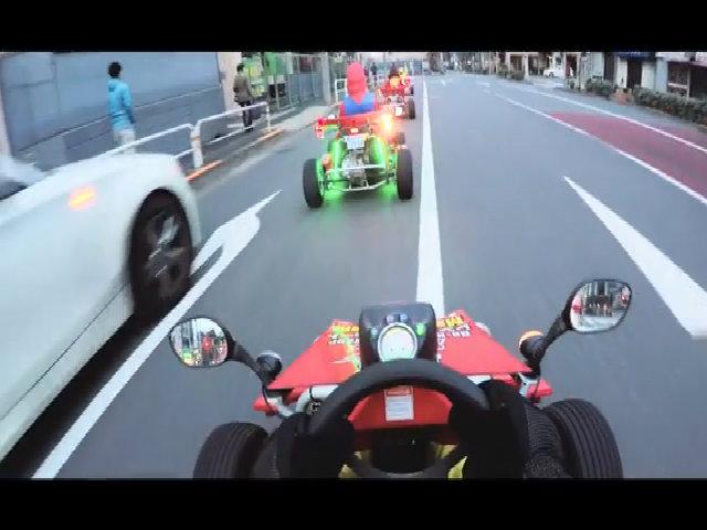 Đua xe Mario Kart trên phố