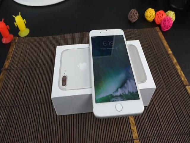 VIPhone 7/7 Plus nhái iPhone 7 giá 100 USD