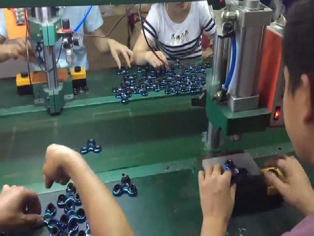 Sản xuất Fidget Spinner ở Trung Quốc