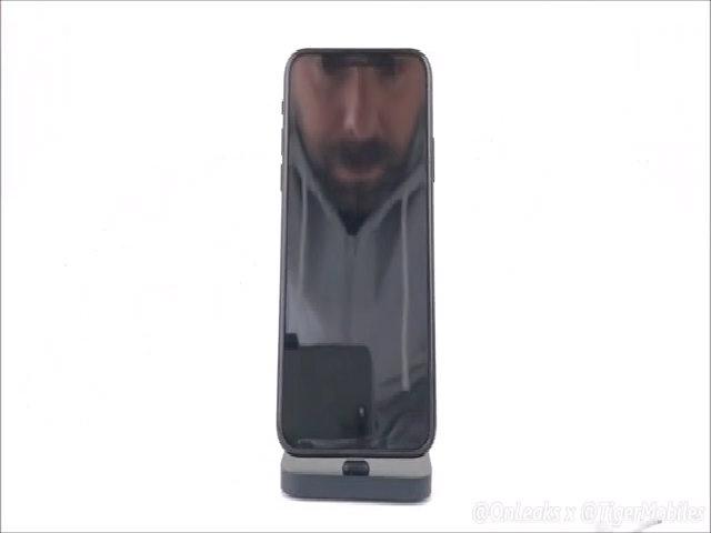 Mô hình được cho là iPhone 8