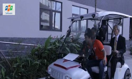Thứ trưởng Nhật trải nghiệm công nghệ xe tự hành của FPT