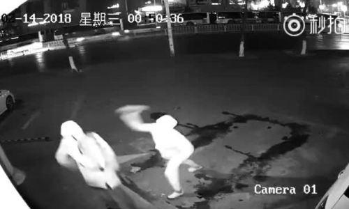 Hai tên trộm ngốc nghếch ở Trung Quốc