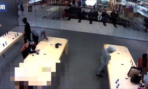 Cướp iPhone 3