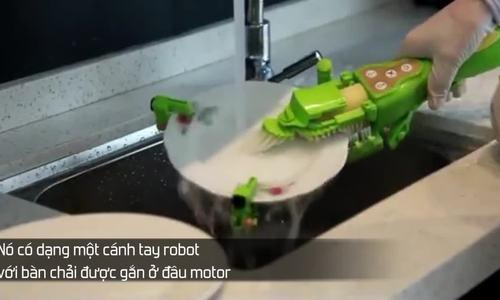 'Cánh tay' robot cho người lười rửa bát