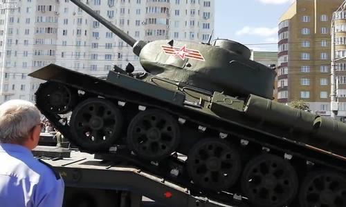 Màn biểu diễn thất bại của xe tăng