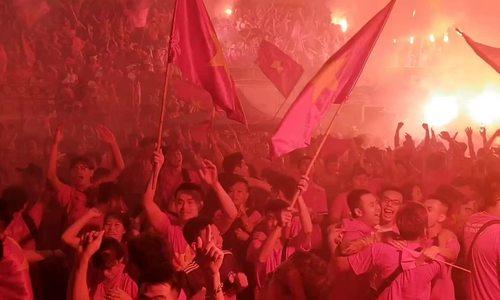 Mạng xã hội dậy sóng sau chiến thắng lịch sử của Việt Nam