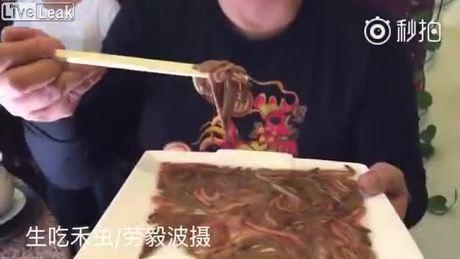 Ăn rươi sống ở Trung Quốc