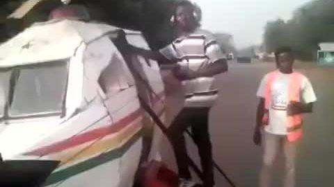 Độ xe ba bánh thành máy bay trực thăng