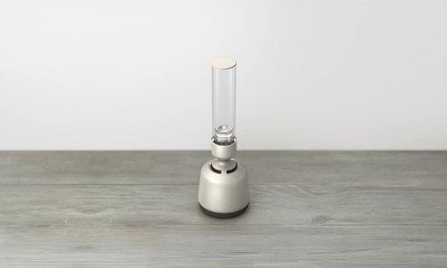 Loa thủy tinh thiết kế như đèn dầu của Sony