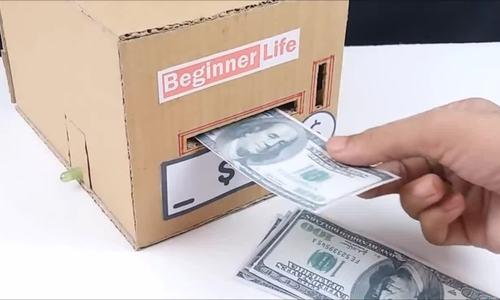 Máy giữ tiền