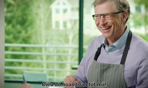 Bill Gates tự tay làm món gà nướng BBQ