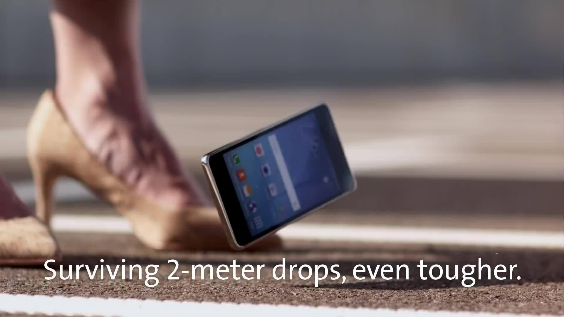 Galaxy Note20 Ultra sẽ không vỡ khi rơi từ độ cao hai mét