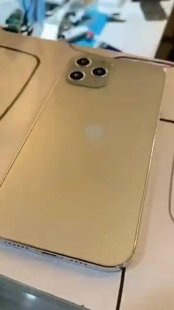 iPhone 12 chưa ra mắt đã có bản nhái
